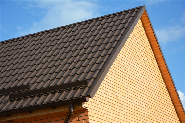 4 Ideas That Help Your Sloped Roof Stand Out