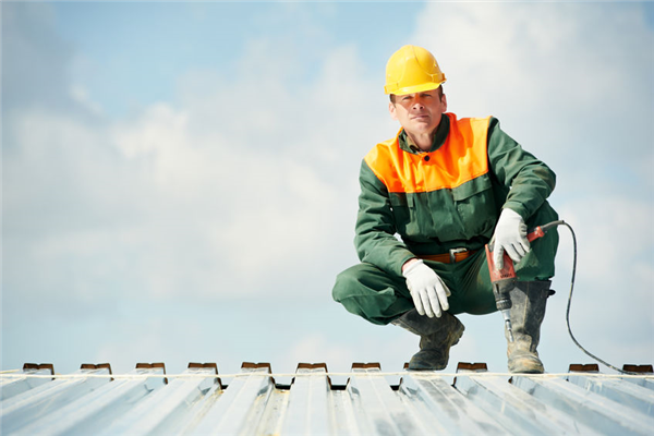 Big Questions For Your Contractor Before Roof Repairs
