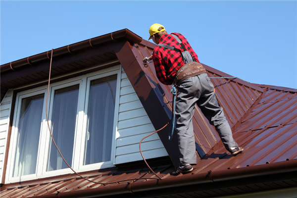 3 Things You Should Look for in a Roofing Contractor