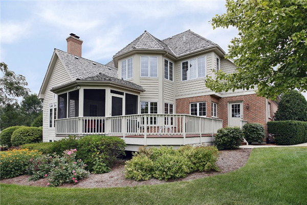 Deck Styles and Designs to Suit Your Home and Lifestyle