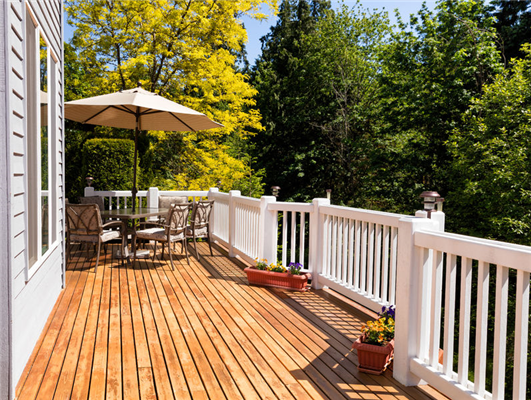 Upgrading a Deck to Suit Your Needs