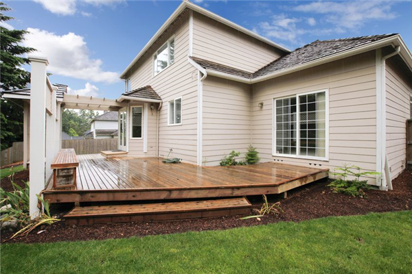 6 Deck Trends You'll Wish You Had