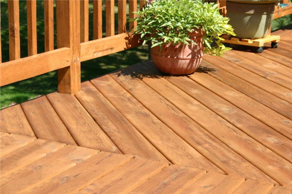 Yes, You Should Build Your Deck This Fall Season