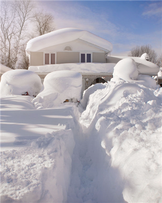 How to Winterize Your Roof This Season