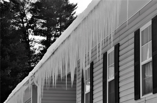 Is it Possible for Winter Weather to Damage Your Roof?